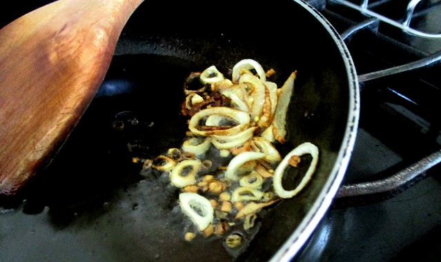 Fried shallot and oil