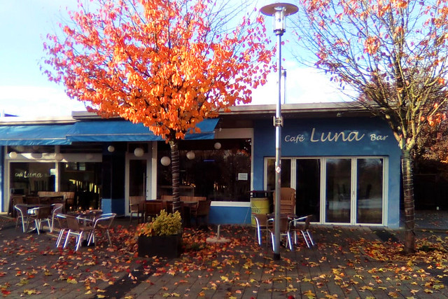Bad Rappenau, November 2018 ... Café Luna Bar am Kurparksee ... Foto: Brigitte Stolle
