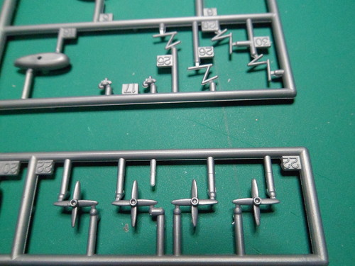Ouvre boite LZ 219 Hidenburg [Revell 1/720] 46426154012_5987ebc347