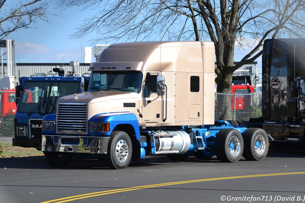 2019 Mack Pinnacle Sleeper 2 Trucks Buses Amp Trains By