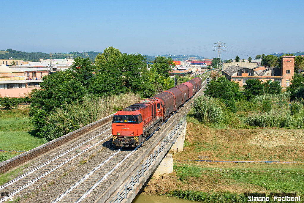 G2000 27 db cargo italia prossima ad entrate nel paese for B b italia carugo