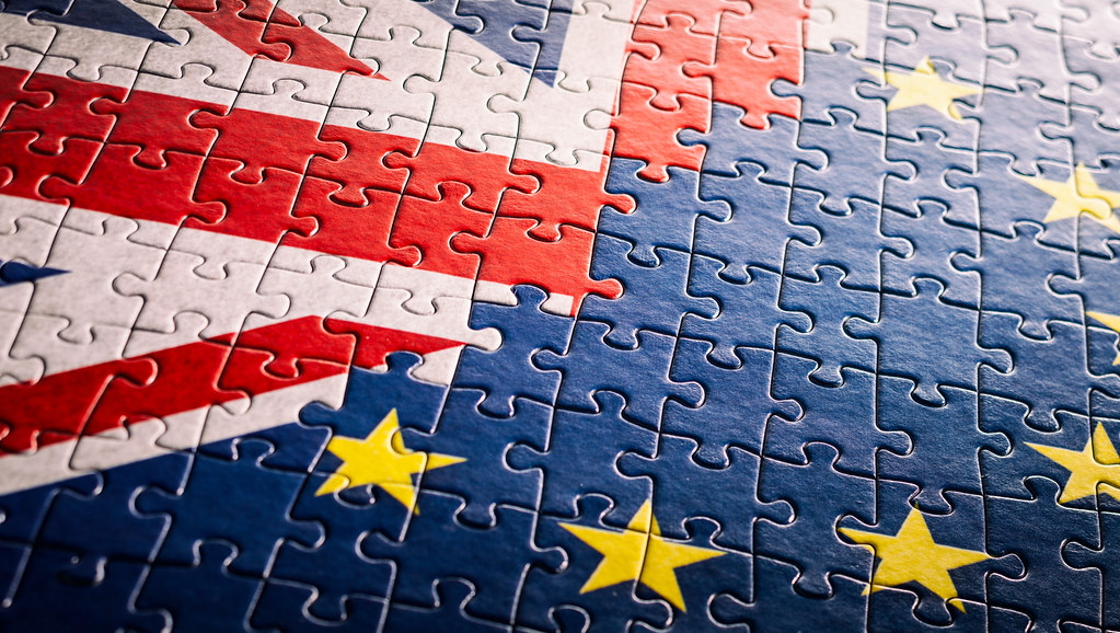 Brexit image of a UK / EU jigsaw.