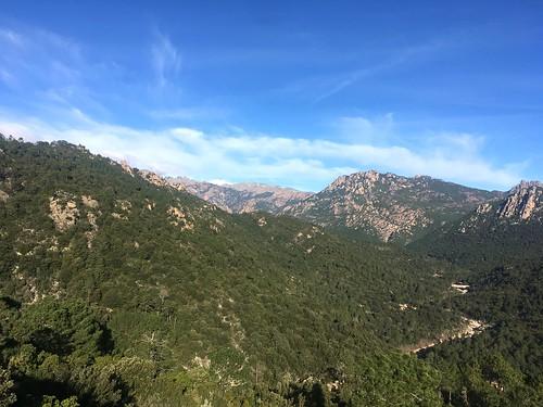 La vallée amont depuis le Chjassu supranu di I Carbunari