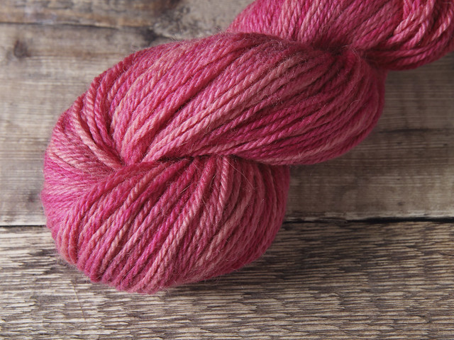 Alpaca & British Bluefaced Leicester Aran hand-dyed yarn 100g – 'Rosa'