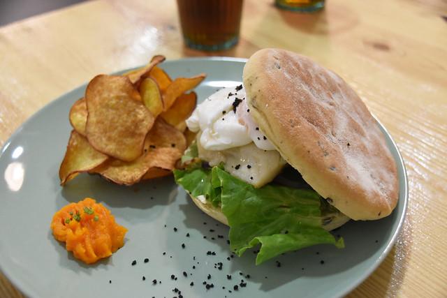 Bacalhao and bolo de caco, Breakfast Club, Setubal, Portugal