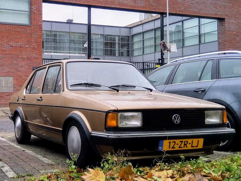 ... 1982 Volkswagen Jetta CL  c3741538d