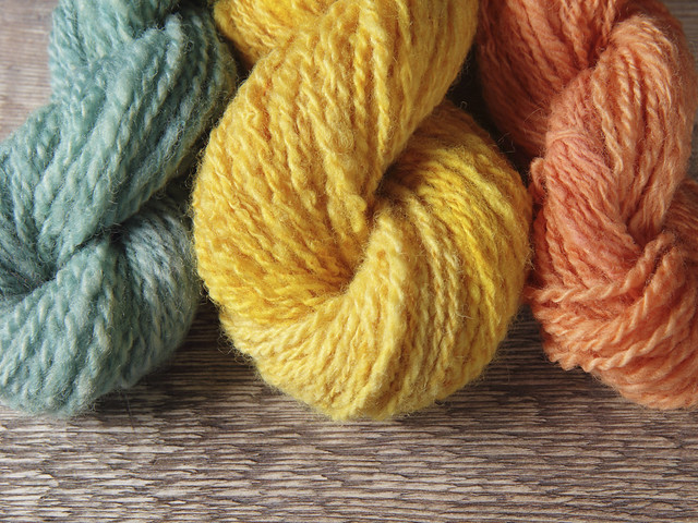 Hand spun Oxford Down pure British wool natural dyed yarn trio 125g – Madder, Teal, Onion plant dyes