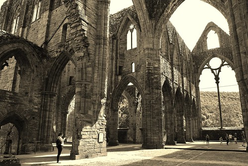 Tintern Abbey | by Eddie Crutchley