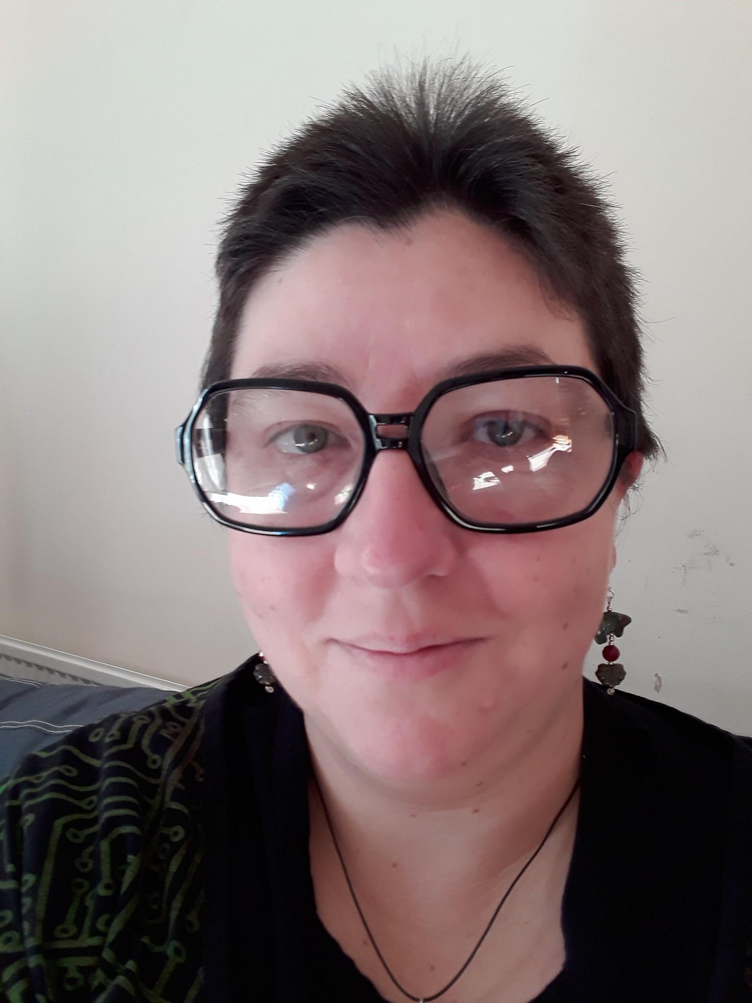 Communication on this topic: Jennifer Welles, christine-auten/