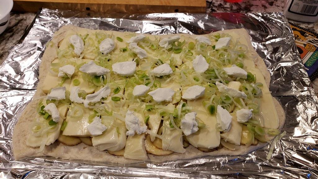 Potato, Leek Pizza 46007462712_a68b971283_b