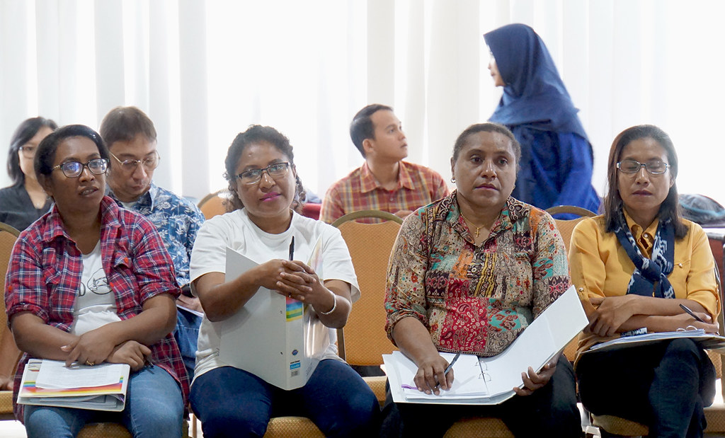 Lokalatih Penyusunan Laporan Keuangan dan Pengelolaan Dana Hibah-batch 1