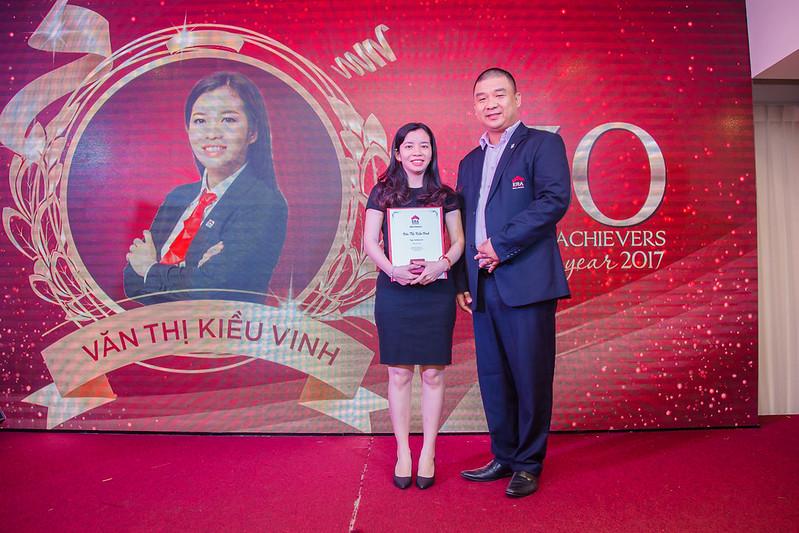 Kiều Vinh Top 30 Achievers year 2017