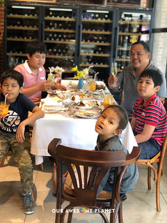 Desayuno Breakfast with the Boys | by OURAWESOMEPLANET: PHILS #1 FOOD AND TRAVEL BLOG