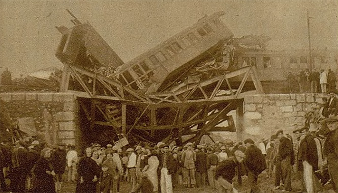 Resultado de imagen de descarrilamiento del tren sevillano 1933