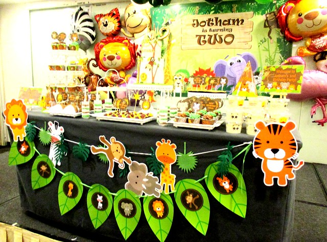 Party theme, jungle animals