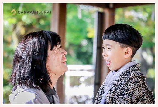 七五三 5歳の男の子とおばあちゃん