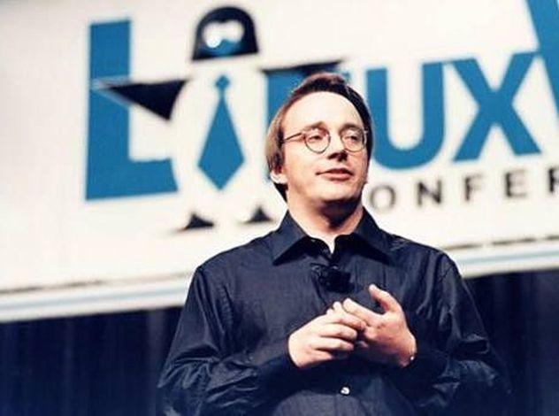 linux-torvalds-creator-of-linux-kernel