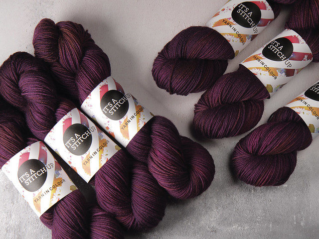 Dynamite DK pure British wool hand dyed yarn 100g – 'Dancing in the Dark' (purple)
