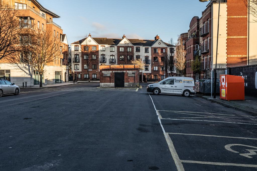 BLACKPITTS AREA OF DUBLIN - NEWMARKET SQUARE 008