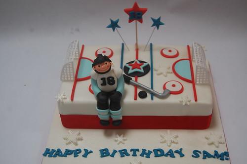 Brilliant Ice Hockey Cake Beautiful Birthday Cakes Personalised Birthday Cards Petedlily Jamesorg