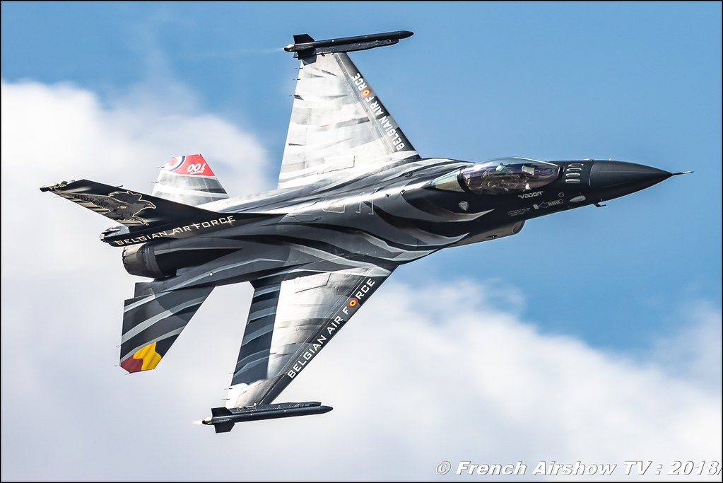 Belgian Air Force F-16 Solo Display belge Vador RIAT 2018 - Royal International Air Tattoo RAF Fairford Royaume-Uni Canon Sigma France contemporary lens Meeting Aerien 2018