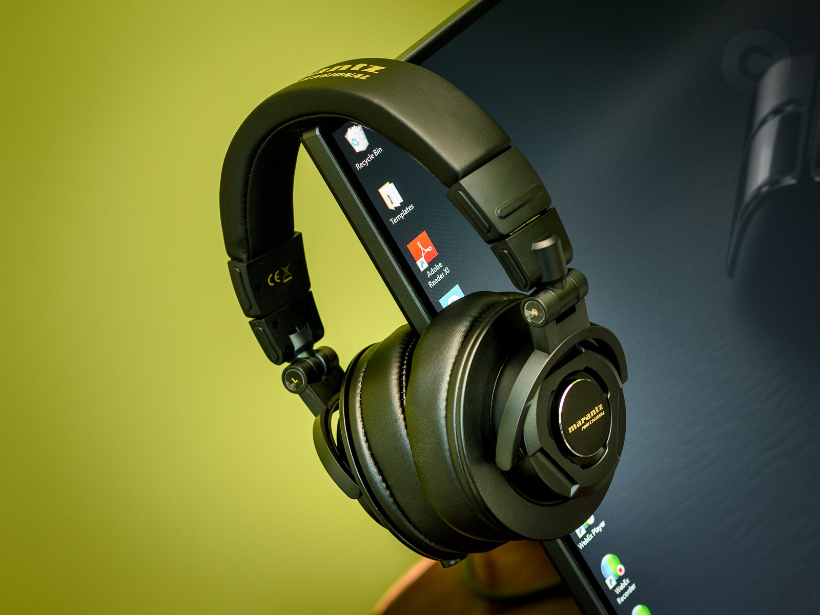 Best Closed Over-Ear Headphones for under $100