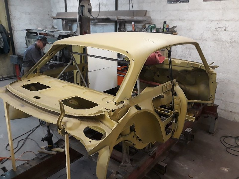 Reconstruction d'une caisse sur marbre - Nielman Racing 45681802584_78460be701_c