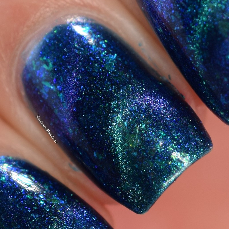 Bees Knees Lacquer Aurora Borealis swatch