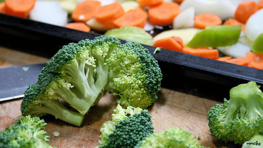receta alas de pollo con verduras al horno