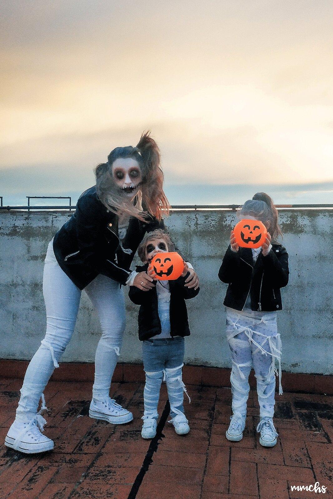 disfraces de momias zombies Halloween en familia