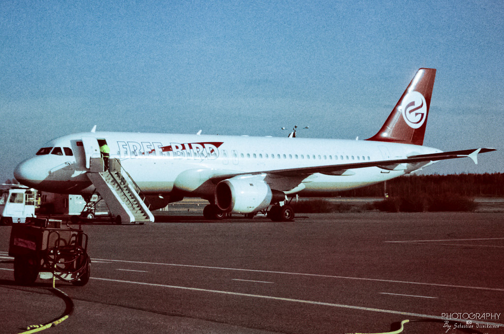 Tc Fbf Freebird Airlines A320 200 Efpo Finland Airline Flickr