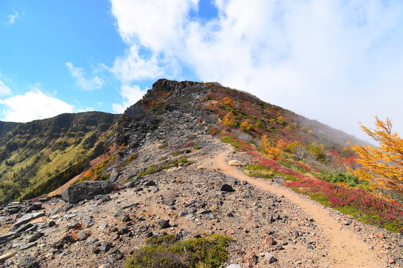 浅間山外輪山の稜線登山