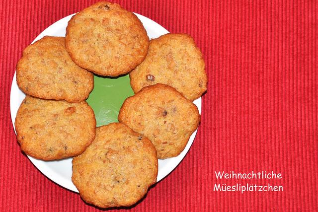 Weihnachtsbäckerei 2018 --- Weihnachtlichen Müesli-Plätzchen mit Lebkuchenduft inkl. Rezept --- Foto: Brigitte Stolle