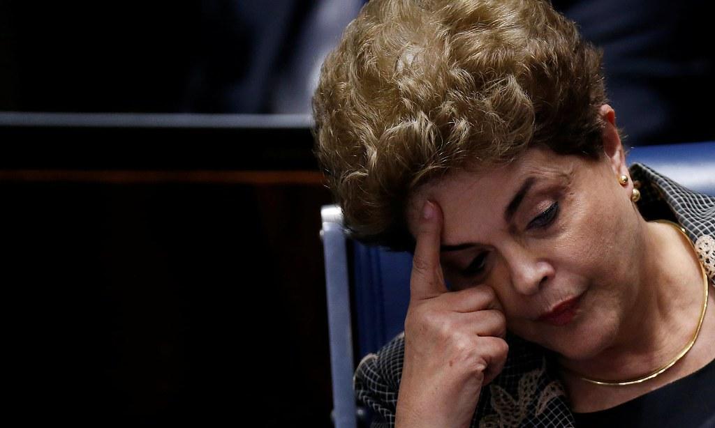 2016年,巴西參議院以違反預算法和稽徵稅務責任法為由,彈劾羅賽芙。(圖片來源:Ueslei Marcelino/Reuters)
