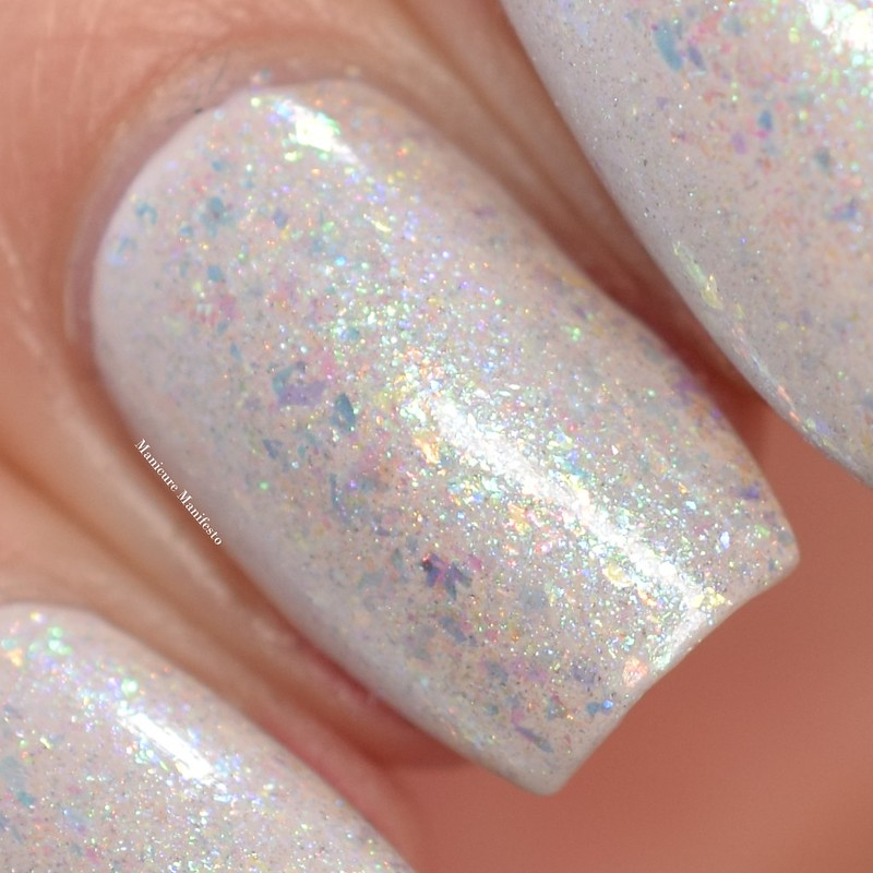 Bees Knees Lacquer Dreams That Are Answered swatch