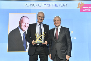 MAPIC 2018 - EVENTS - MAPIC AWARDS CEREMONY AND GALA DINNER - PERSONALITY OF THE YEAR - CHRISTOPHE CUVILLIER - Group Chief Excecutive Officer - Unibail Rodamco westfield | by mapicworld