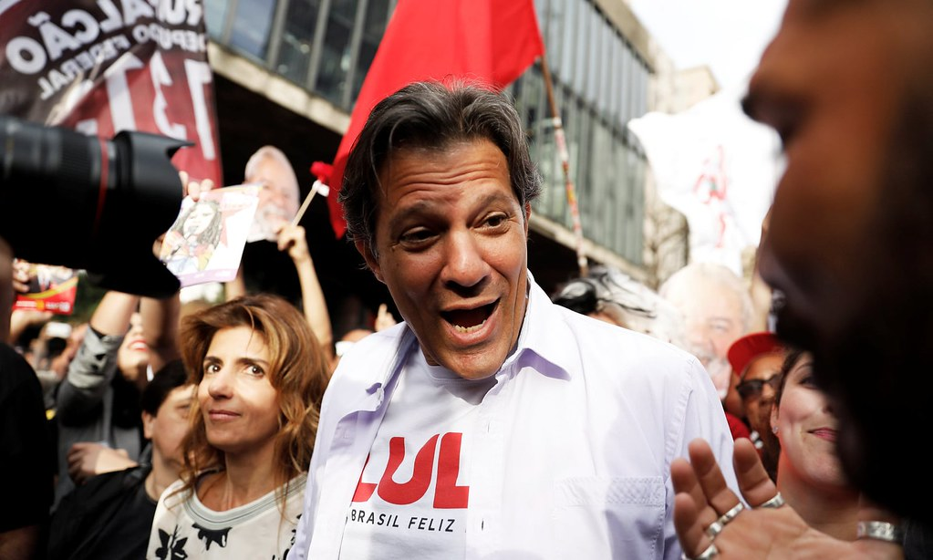 曾任聖保羅市長的哈達德,在高等法院判定魯拉不具候選資格後,為工人黨出征角逐總統。(圖片來源:Nacho Doce/Reuters)