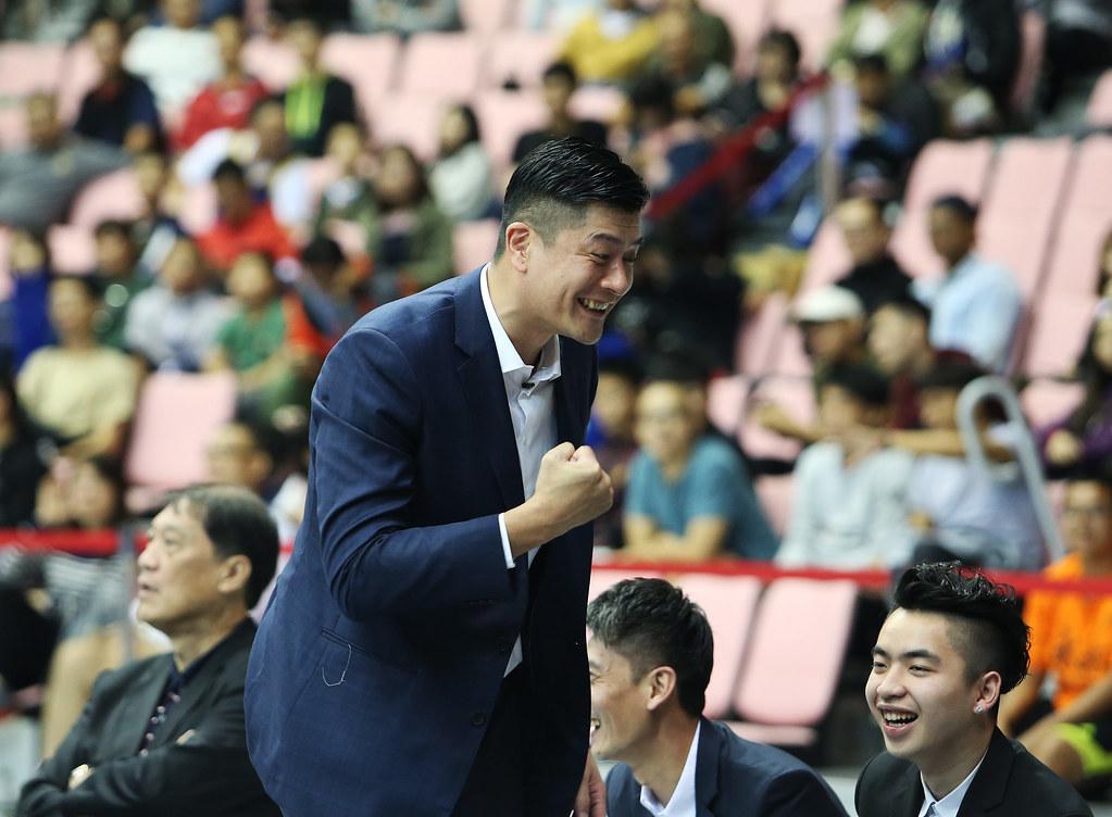 裕隆新任教練李啟億收下執教首勝。(圖/籃協提供)
