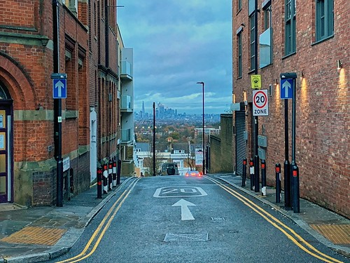 Looking down Beardell Street towards the Square Mile, Crystal Palace | by sixthland