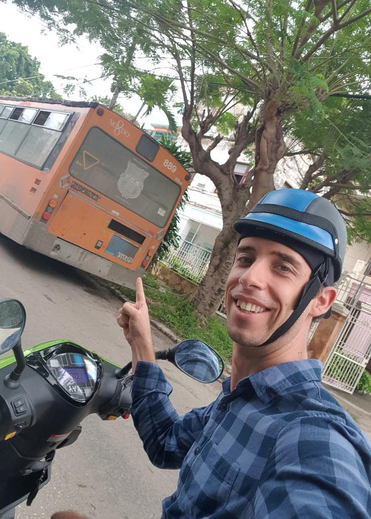 Autobuses Tussam de Sevilla en Cuba