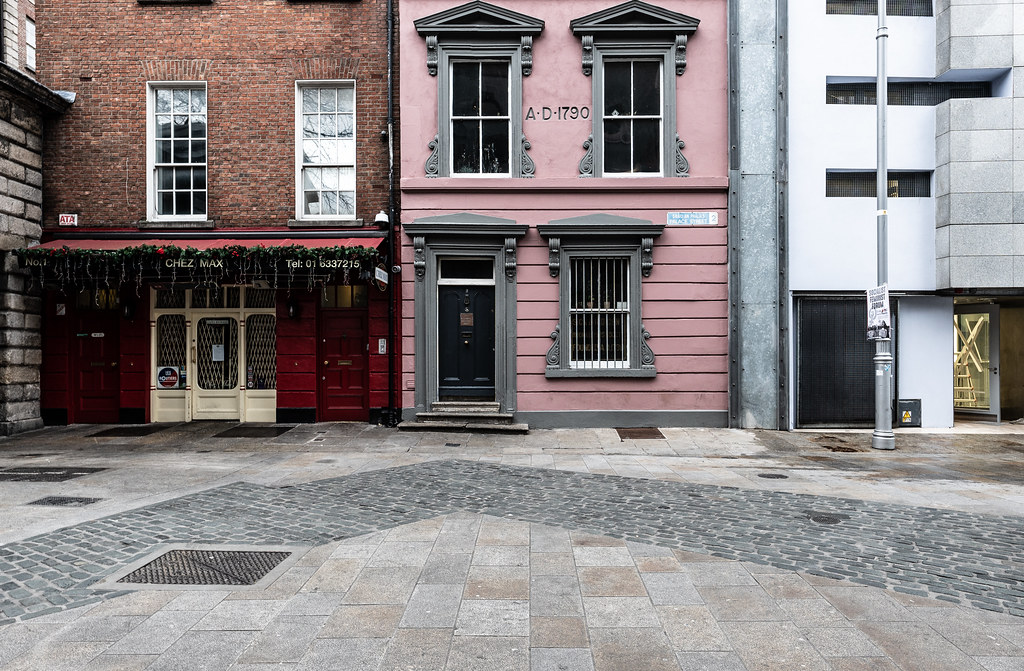 PALACE STREET - THE SHORTEST STREET IN DUBLIN 002
