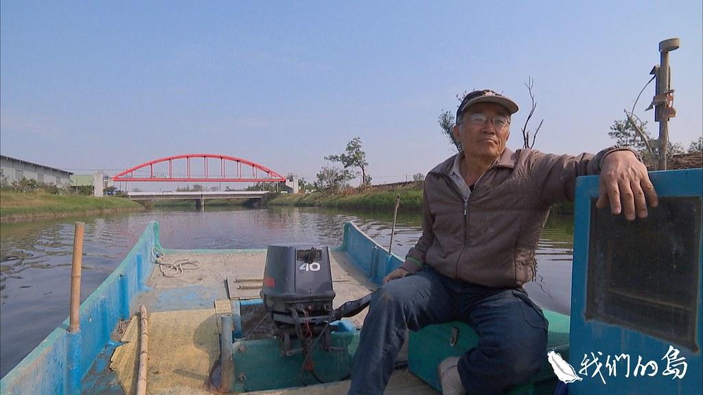 蘇水龍在二仁溪航行,希望下一個15年,能看到二仁溪成為一條生態豐富、美麗親水的河流。