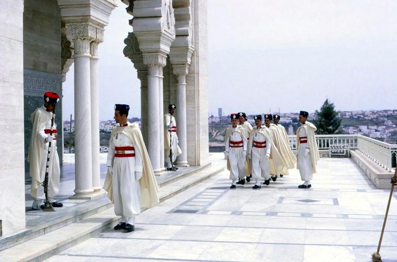 La Garde Royale Marocaine / Moroccan Royal Guard - Page 11 45227844525_576354d58c_o
