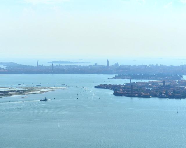 Skyline de Venecia desde un helicóptero