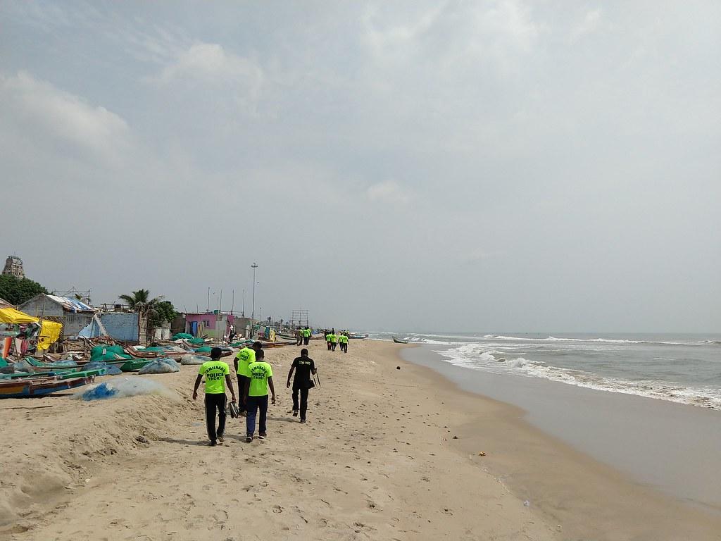 A Tsunami rescue teams conducing a drill through Sreenivaspuram slum.