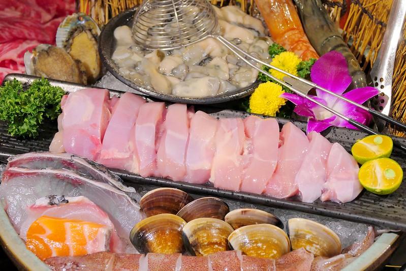 46042593522 9ef0b0af47 c - 熱血採訪│小胖鮮鍋太平店,一個人爽爽獨享9種海鮮海霸王鍋,還有飲料冰淇淋吃到飽!