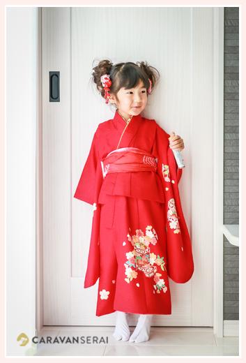 七五三 3歳の女の子 赤いお着物
