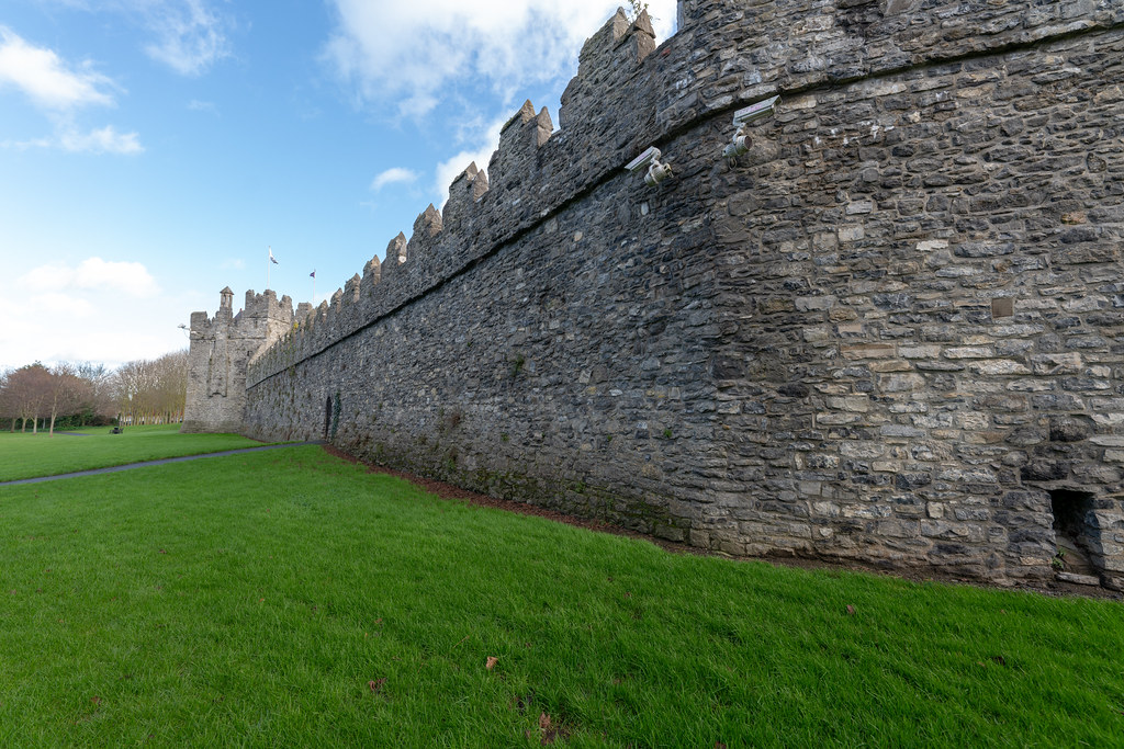 NORMAN CASTLE IN SWORDS 021