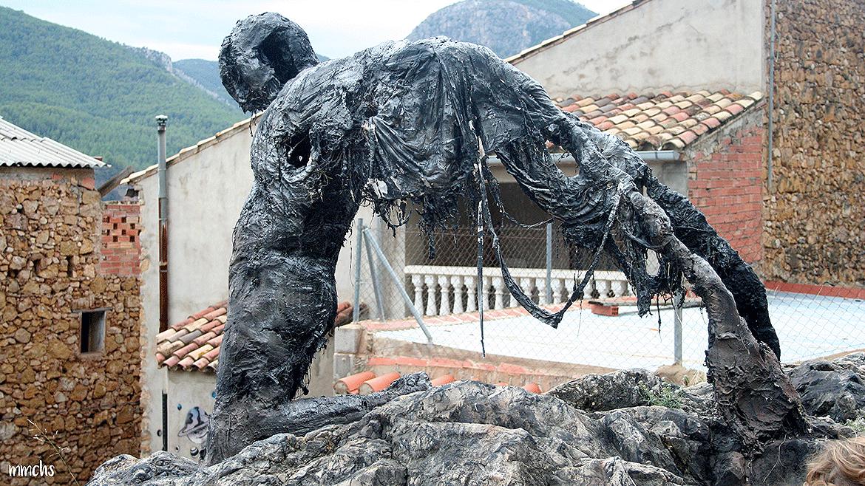 Fanzara MIAU escultura