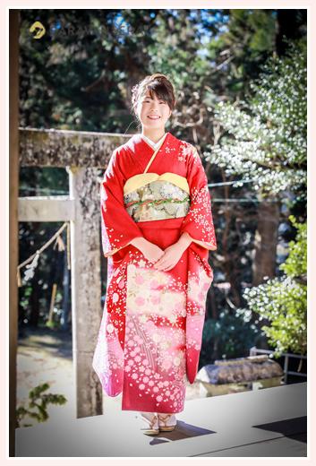 自宅で成人式の前撮り写真 神社へご参拝